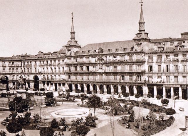 laurent-plaza-mayor-hacia-1865.jpg?w=640